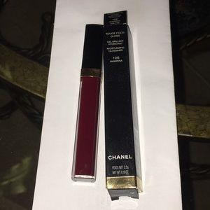 Lip gloss Chanel